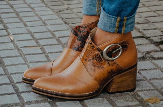 Calzado De Cuero