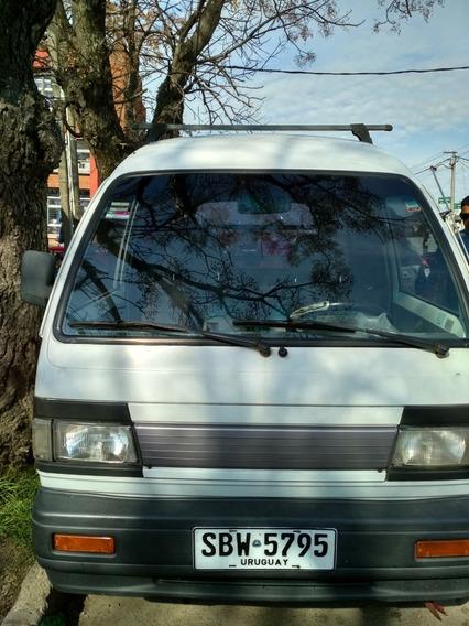 Vendo 2 Puestos De Feria Con Vehículo Daewoo Damas