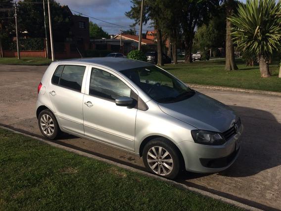 Volkswagen Fox 1.6. 2011. Gris. 5 Puertas. Unico Dueño.