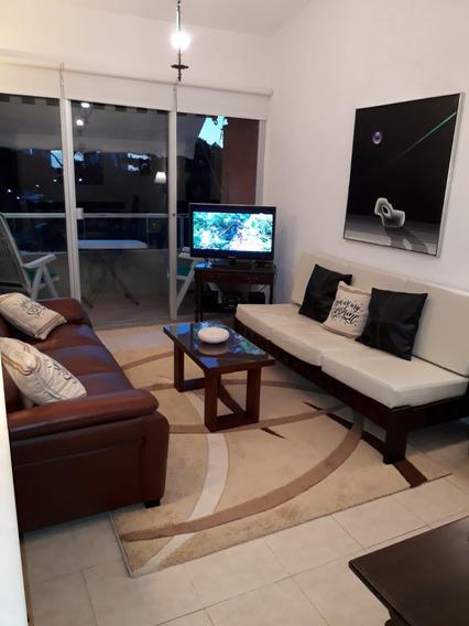 Alquilo Apartamento En Punta Del Este, Excelente Ubicación.