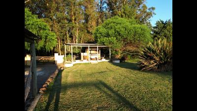 Casa En Zona De Lapataia, 3 Dormitorios, 2 Baños