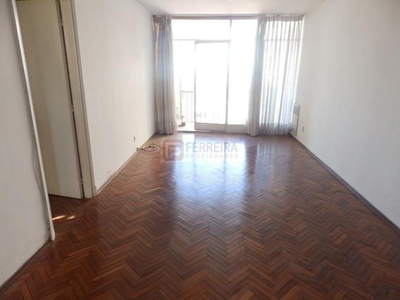 Vende Apartamento Al Frente, 2 Dormitorios, 2 Baños, Garaje
