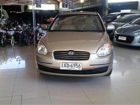 Hyundai Accent 1.5 Gls Mt 2010