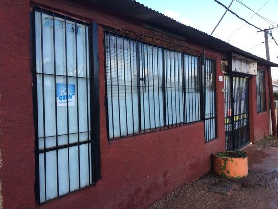 Casa 2 Apartamentos Y Local Comercial Vendo Por Viaje Ya