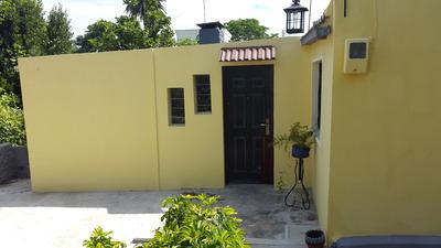 A Estrenar Casa Belvedere 2 Dorm Al Fondo Con Gran Terreno