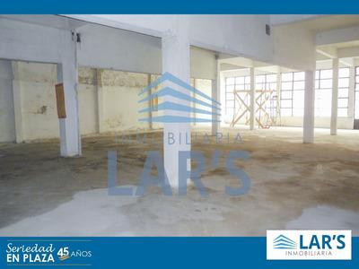 Local Para Alquilar / La Comercial - Inmobiliaria Lar