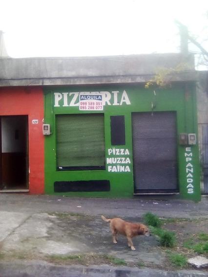Se Alquila Local En La Teja Con Horno A Leña Proximo Avenida