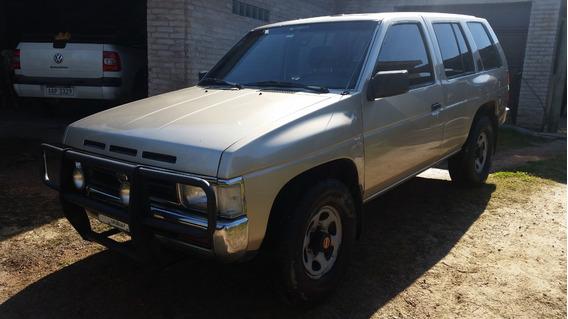 Nissan Pathfinder 1994