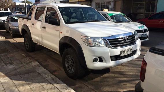 Toyota Hilux 2.5 Cd Dx Pack Tdi 120cv 4x2 2014