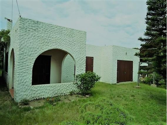 Linda Casa De Dos Dormitorios A 100 Mts, Del Mar