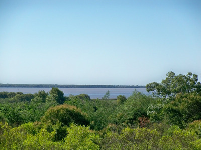 3 Terrenos Con Vista Al Rio En Balneario Punta Gorda