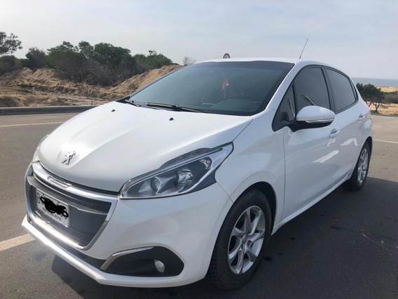 Peugeot 208 1.2 Extra Full Like
