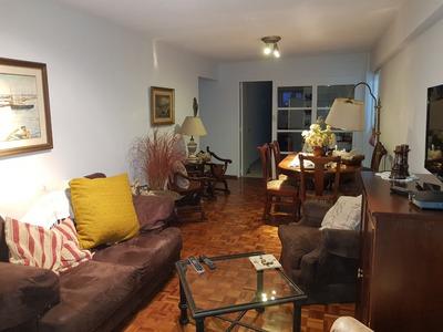 Apartamento Amplio Con Balcon Y 2 Garage