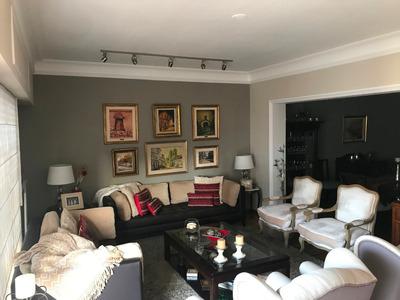 Apartamento De 4 Dormitorios Y 4 Baños