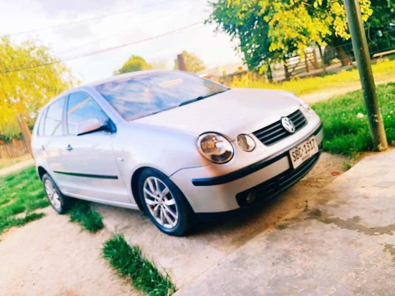Volkswagen Polo Full