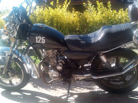 Vendo Moto Winner Exclusive Tipo Custom Con 50000 Kmts