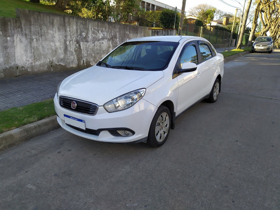 Vendo Fiat Grand Siena 1.4 2017 Excelente Estado
