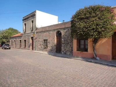 Alquilo Por Dia Semana Mes Casa Por Barrio Historico Colonia