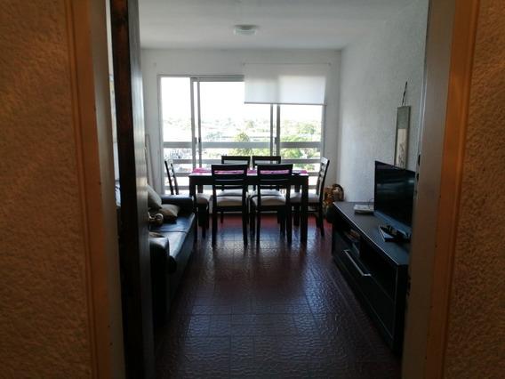 Traspaso Apartamento En Centro De Maldonado.