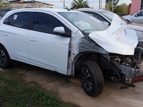 Chevrolet Onix Ltz Chocado X Partes Resto Banco