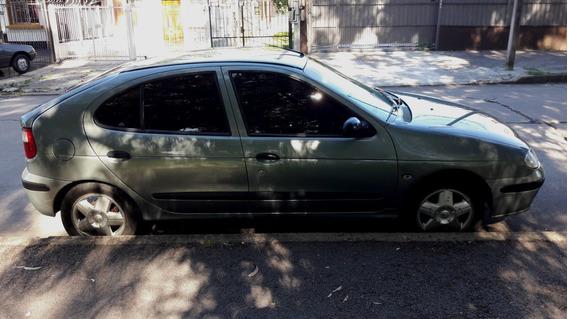Renault Megane 1.6 Nafta 5 Puertas