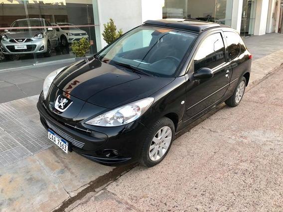 Peugeot 207 Compact Image 1.6