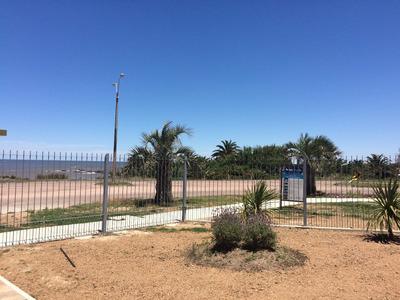 Frente A La Playa - Apto Tipo Casita -inmobiliaria Calipso