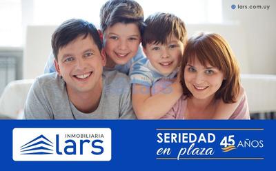 Local Comercial En Venta / Barrio Sur - Inmobiliaria Lars