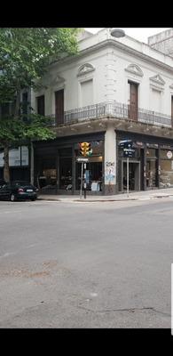Excelente Local Comercial Sobre Calle Andes