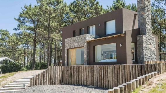 Casa En Alquiler Por Temporada De 3 Dormitorios En Pinar Del Faro