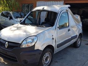 Dos Renault Kangoo Las Dos Chocadas Pero En Marcha
