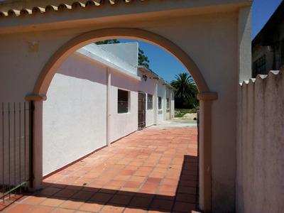 Dos Casas, Tipo Apartamento, Independiente Pariilero,estacio