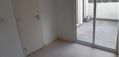 Apartamento Buceo 2 Dormitorio Patio Con Parrillero