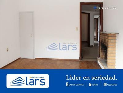 Casa En Venta / Tres Cruces - Inmobiliaria Lar