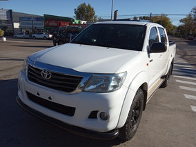 Toyota Hilux 2.5 Cd Dx Pack Tdi 120cv 4x4 - C3 2015