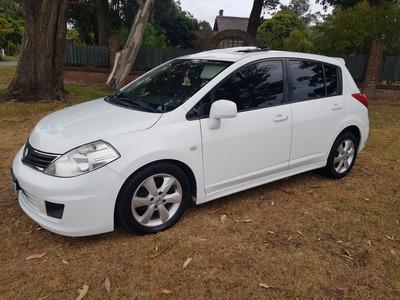 Nissan Tiida 1.8 Financio