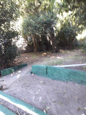 Casa De Tres Dormitorios Con Jardin, Parque, Garage Y Parril