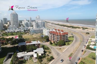 Brava - Avenida Chiverta Para 4 Y Medio A 100 Metros Del Mar - Ref: 7127