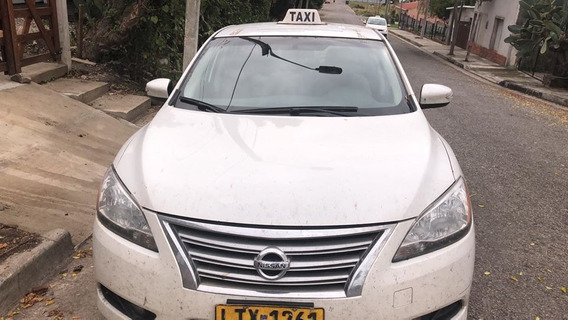 Nissan Sentra B17 Advance Automatico 1.8 2015 Impecable.