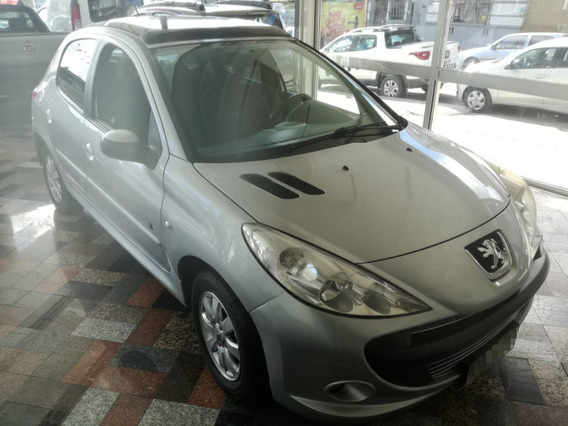 Peugeot 207 Compact 1.4 Full