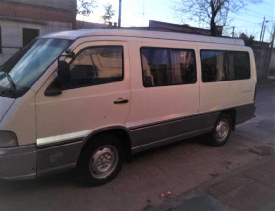 Minibus Ssangyong Istana Para 14 Pasajeros: Año 1998,