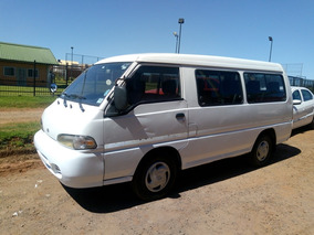Hyundai H100 2.5 12 Pas Spr Minibus 2001