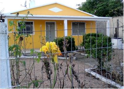 Ref. Y 182 Casa En Santa Lucia -canelones