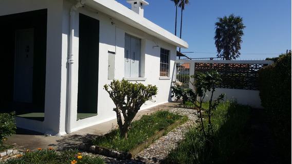 Casa En Buen Estado En Amplio Terreno Amplio Garage