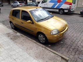 Renault Clío 1600