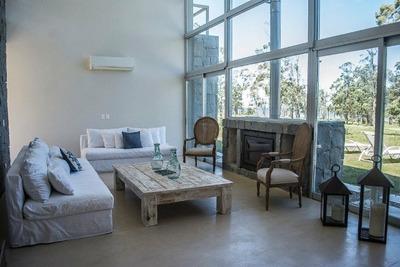 Casa En Alquiler Por Temporada De 3 Dormitorios En Punta Del Este Polo Club