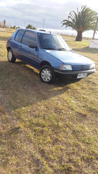 Peugeot 205 Junior - Muy Lindo Estado