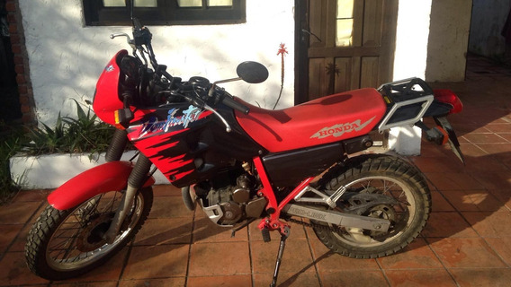 Honda Dominator Nx 250cc
