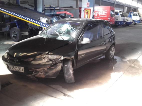 Chevrolet Celta Chocado 1.0 2006