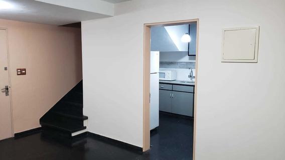 Apartamento, 2 Dormitorios,excelente Precio.